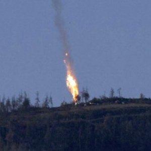 Ankara: un altro jet russo sconfina nello spazio aereo turco. Il Cremlino nega