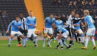 Udinese-Lazio 0-0: nervi tesi, i friulani resistono in dieci