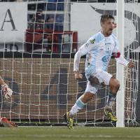 Serie B: l'Entella vede i play-off, Masucci affonda il Novara