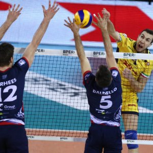 Volley, Superlega: Modena vince e allunga, Lube ok solo al tie break