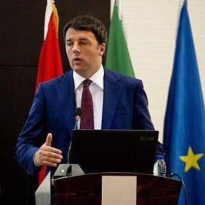 """Ue, fondi a Turchia fuori deficit. Renzi: """"Perversione fare distinzioni su chi salvare"""""""