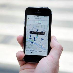 Uber, la giravolta del Movimento 5 Stelle: contro, pro e di nuovo contro