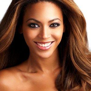 Puffy e AmiYumi più famose di Beyoncé? Succede su Facebook. Ecco perché