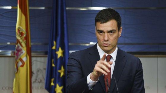 Spagna, il re dà l'incarico al leader socialista Pedro Sanchez