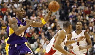 Basket, Nba: Bryant trascina i Lakers, bene Toronto e Boston