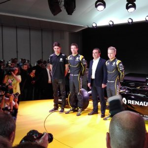 F1, Renault: svelata la nuova monoposto, al via con Magnussen e Palmer
