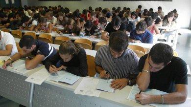 Università, i 9mila in sovrannumero  del 2014/15 possono continuare gli studi