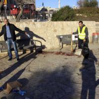 Gerusalemme, tre palestinesi preparavano la strage. Fermati, uccidono agente di 19 anni