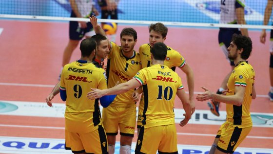 Volley, Superlega: Modena e Lube avanti, Trento cade in casa