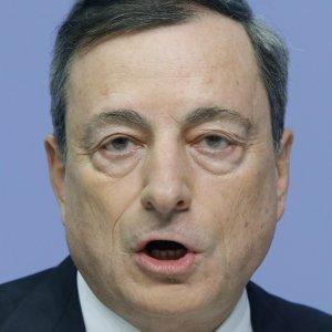 """Draghi: """"Forze dell'economia globale cospirano per tenere bassa l'inflazione"""""""