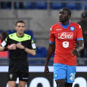Cori razzisti, due turni alla curva della Lazio. Koulibaly: ''Irrati ha avuto coraggio''