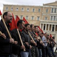 La Grecia si ferma contro la riforma delle pensioni: sciopero di 24 ore