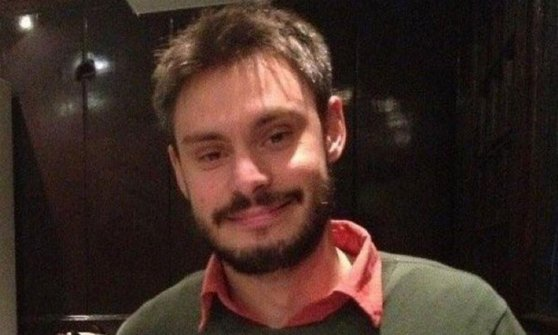 """Egitto, segni di tortura su Giulio Regeni. Italia, vogliamo la verità. Il suo giornale: """"Aveva paura"""""""