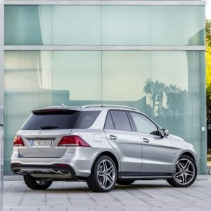"""Nuova Mercedes GLE, la base del """"Suv Attack"""""""