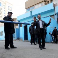 Egitto, segni di tortura su Giulio Regeni. Italia, vogliamo la verità. Il suo giornale: