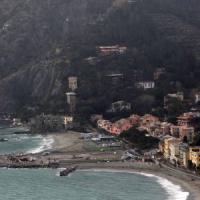 """Monterosso: """"Inventiamo i danni"""", così il sindaco tentò la truffa sulla scuola"""