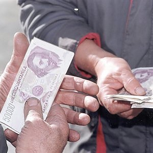 """Banca d'Italia: """"In due settimane convertito un miliardo di lire"""""""