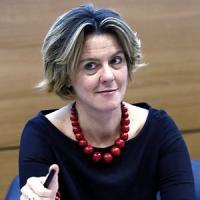 "Beatrice Lorenzin: ""Sto con le femministe, va bloccata la strada all'utero in affitto"""