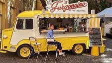 I negozi escono dai locali boom dello street food