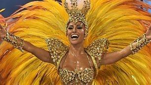 In Brasile è l'ora del Carnevale Prime sfilate a ritmo di samba
