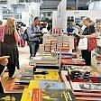 """L'appello degli editori  ai big dei libri: """"Difendiamo  il Salone di Torino,  è patrimonio comune"""""""