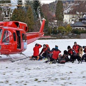 Valanga in Tirolo: 5 morti, due feriti. Coinvolti 17 sciatori