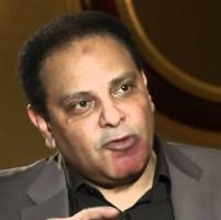 """Al-Aswani: """"Ormai l'Egitto è uno stato di polizia"""""""