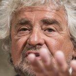 """""""Voto di coscienza su unioni civili"""" Annuncio Grillo spacca M5s   foto"""
