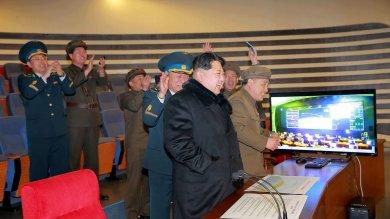"""Corea Nord lancia razzo a lungo raggio """"Messo un satellite in orbita""""  foto   -   video"""