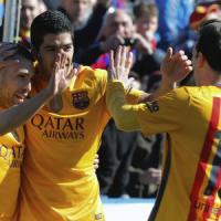 Liga, il Barça vince e si riprende il primato. Real ok col brivido