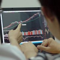Piazza Affari cerca il rimbalzo, ma l'incertezza spaventa i mercati