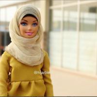 Ecco Hijarbie, la Barbie con l'hijab: il profilo diventa virale