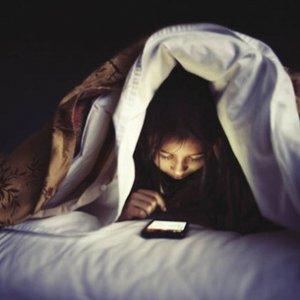 Un adolescente su 4 sempre online, allarme dipendenza