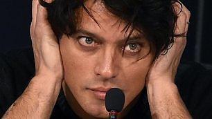 "Garko a Sanremo: ""Io gay?  Sex symbol e faccio sognare"""
