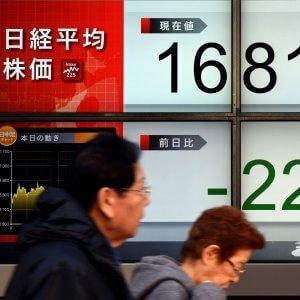 Borse, ancora una giornata di paura. Milano in rosso del 3,2% perde 13 miliardi
