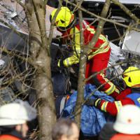 Scontro frontale fra treni in Baviera: almeno 9 morti e150 feriti