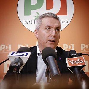 """Guerini: """"Sanzioni M5s? Subito legge per democrazia interna"""". La replica: """"Fascismo renziano"""""""