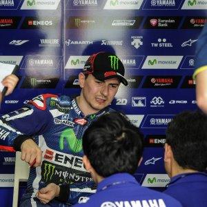 "MotoGP, Lorenzo: ""Mai posto veti su Rossi, voglio restare in Yamaha"""