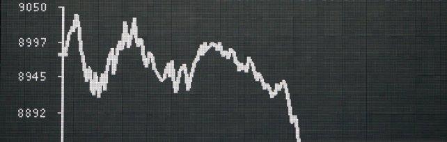 Borse, ancora paura. Milano la peggiore: -3,2% Molti titoli sospesi per i ribassi. Tokyo -5,4%