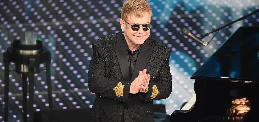Sanremo, prima serata fra Elton John, Campioni e nastri arcobaleno
