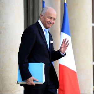 Francia, Fabius lascia il governo: imminente un rimpasto