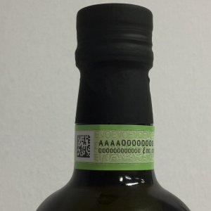 Olio, la battaglia dei 'piccoli' per la qualità: arriva il contrassegno per l'extravergine 100% italiano