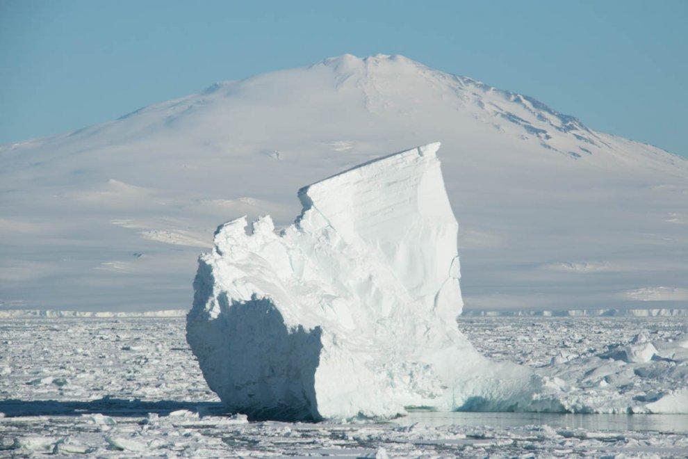 Antartide, ricerche sul cambiamento climatico tra i pericoli dei ghiacci