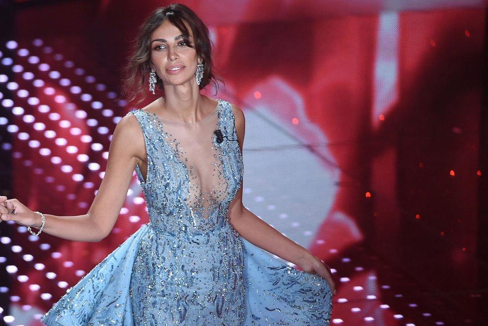 Sanremo, Madalina Ghenea come in Frozen: abiti da favola per la valletta