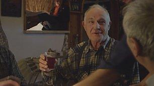 """""""Vino rosso fa buon sangue?"""" I falsi miti sull'alcol  video     Sapermangiare  - Tutte le puntate"""