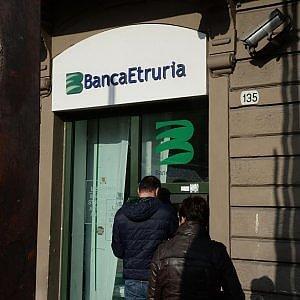 Il tribunale di Arezzo ha deciso: Banca Etruria è insolvente