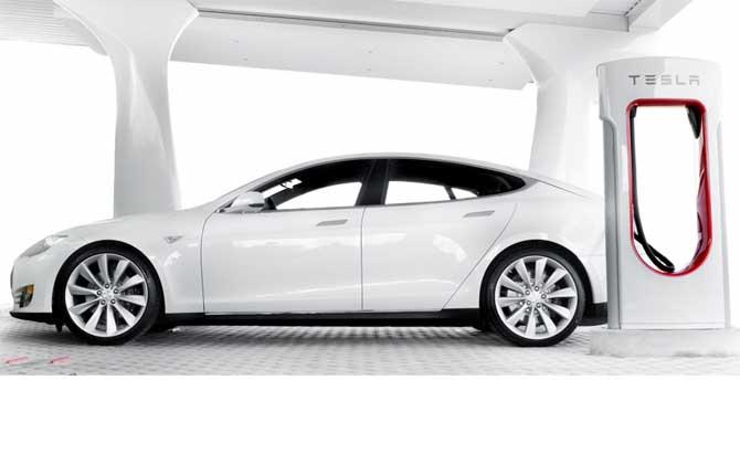 Tesla, attacco alla vetta