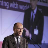 """Enrico Letta: """"Al superministro Ue un budget per la crescita"""""""