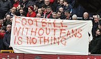 Liverpool, vincono i tifosi annullato l'aumento dei biglietti
