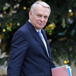 Francia: ex premier Ayrault nuovo ministro Esteri